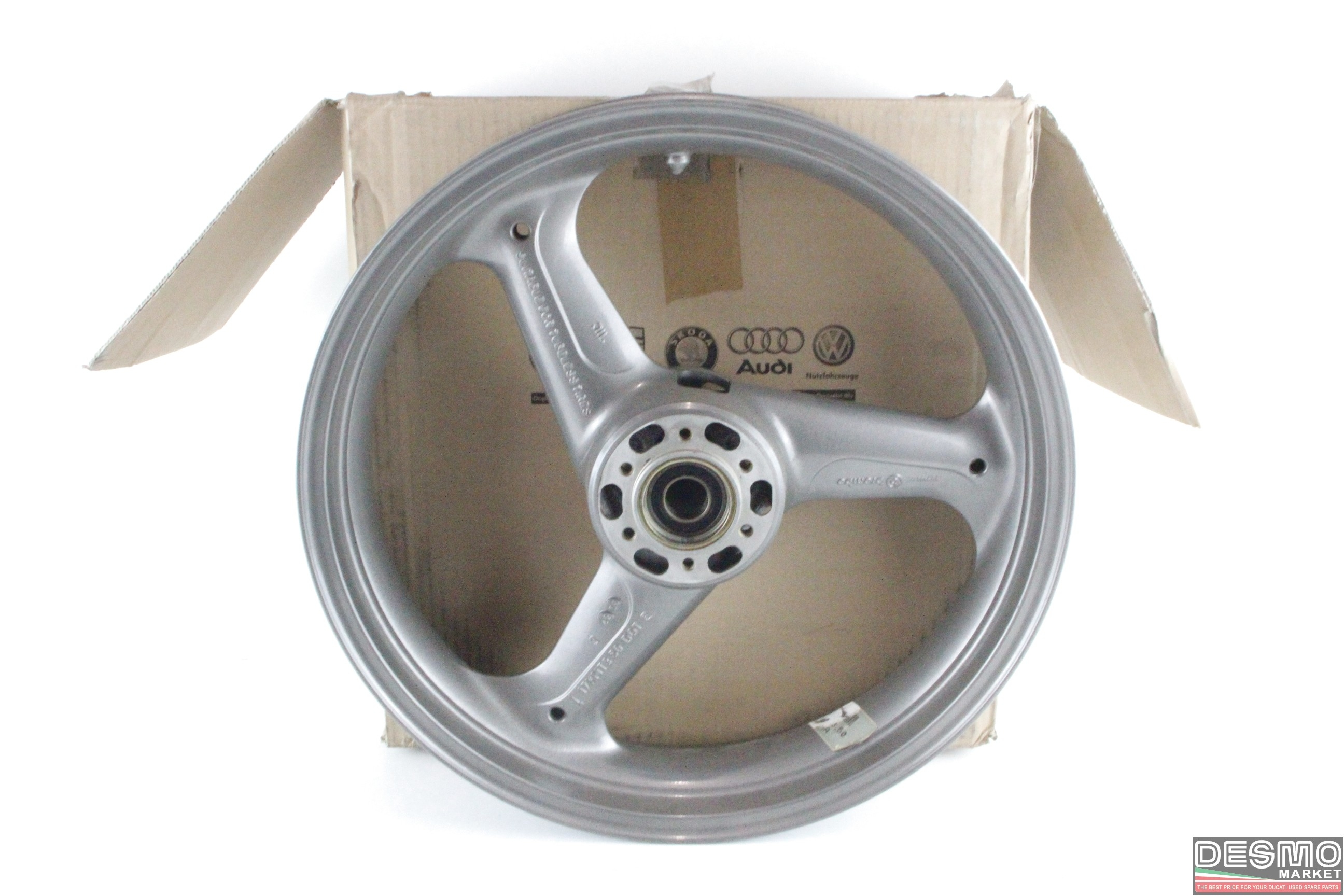 Ruota cerchio anteriore nuovo originale ducati monster supersport cod.50120141A