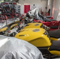 our workshop is always working on used ducati motorbikes, dealing with second hand and new spare parts for your motorbike